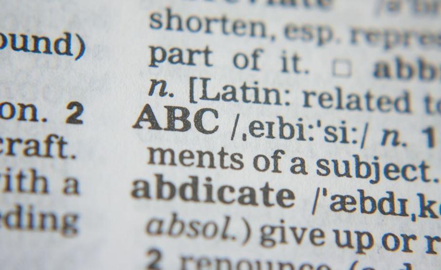 Pemakaian Huruf dan Penulisan Kata dalam EYD