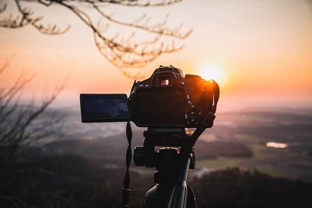 Rekomendasi kamera dibawah 5jt untuk YouTuber - artikel
